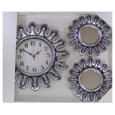 Big wall watch with Big wall mirrors in Grey